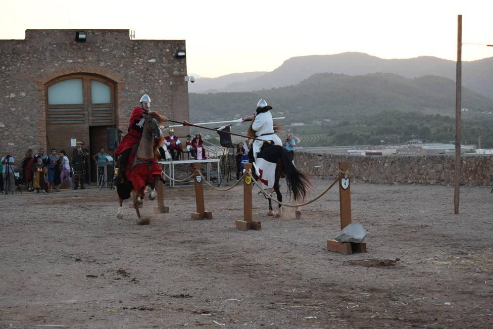 Torneos a caballos