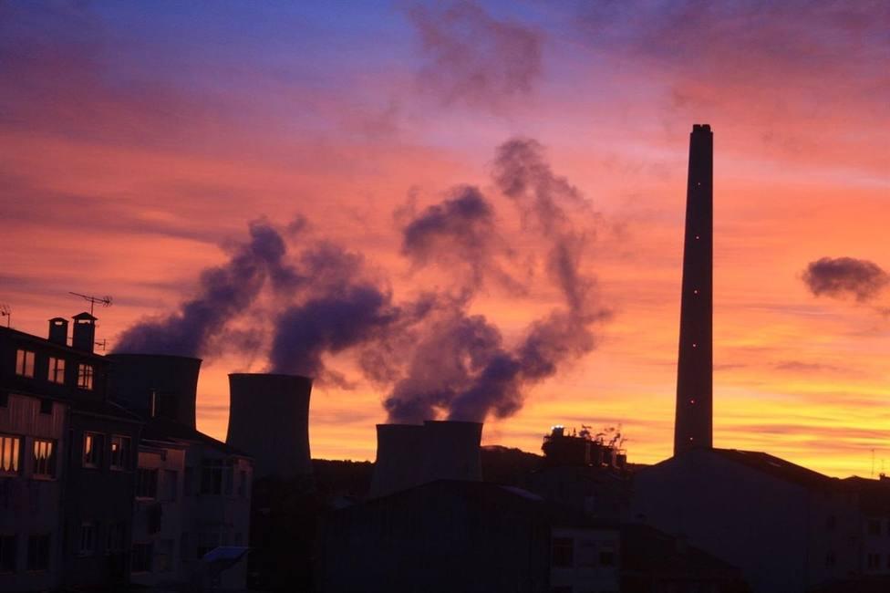 Los transportistas de carbón convocan nuevas movilizaciones por la amenaza de cierre de As Pontes