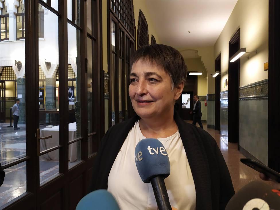 La concejala de Movilidad, Rosa Alarcón, explica que Barcelona instalará radares para evitar accidentes