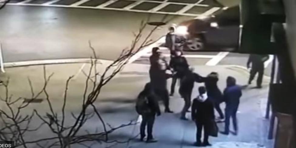 Madre e hija denuncian una agresión en Boston por hablar en español