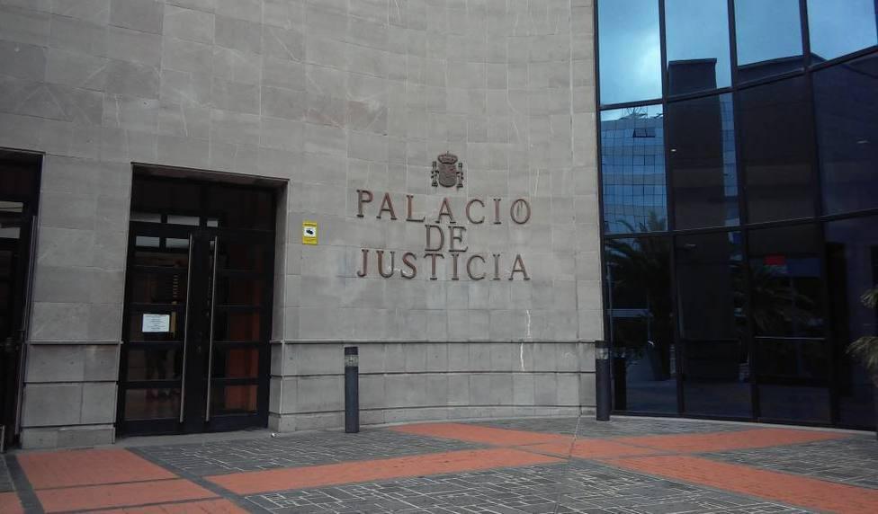 La Fiscalía también pide una indemnización de 8.000 euros para la víctima