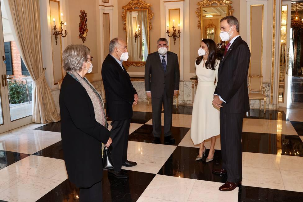 Los Reyes entregan el Premio Cervantes 2019 a Joan Margarit en un acto íntimo y familiar en Barcelona