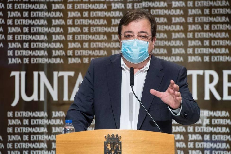 Fernandez Vara en rueda de prensa. Foto: Juntaex