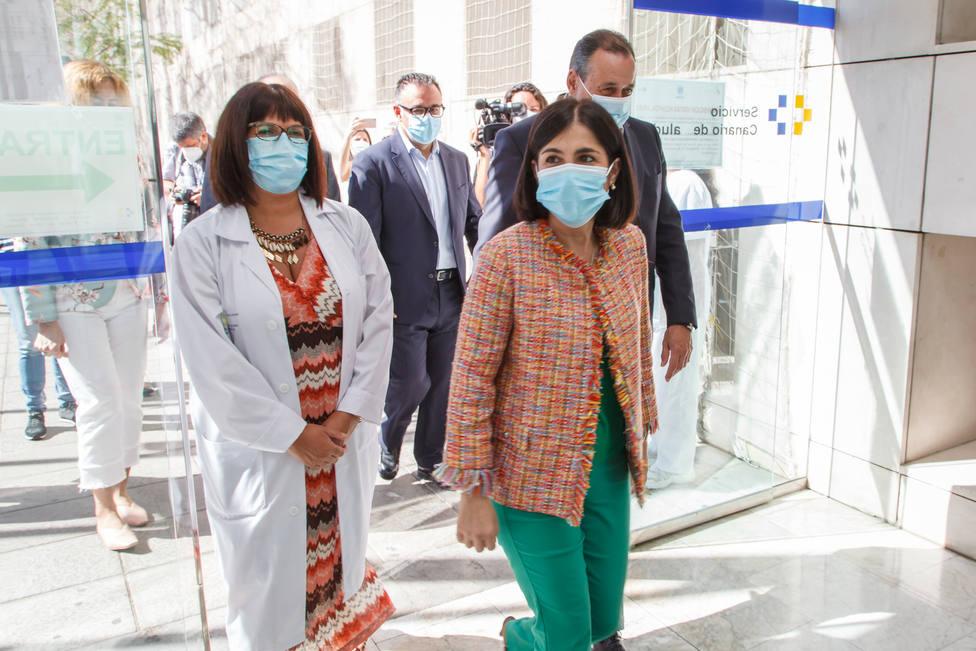 Carolina Darias visita el Hospital Universitario Insular de Gran Canaria