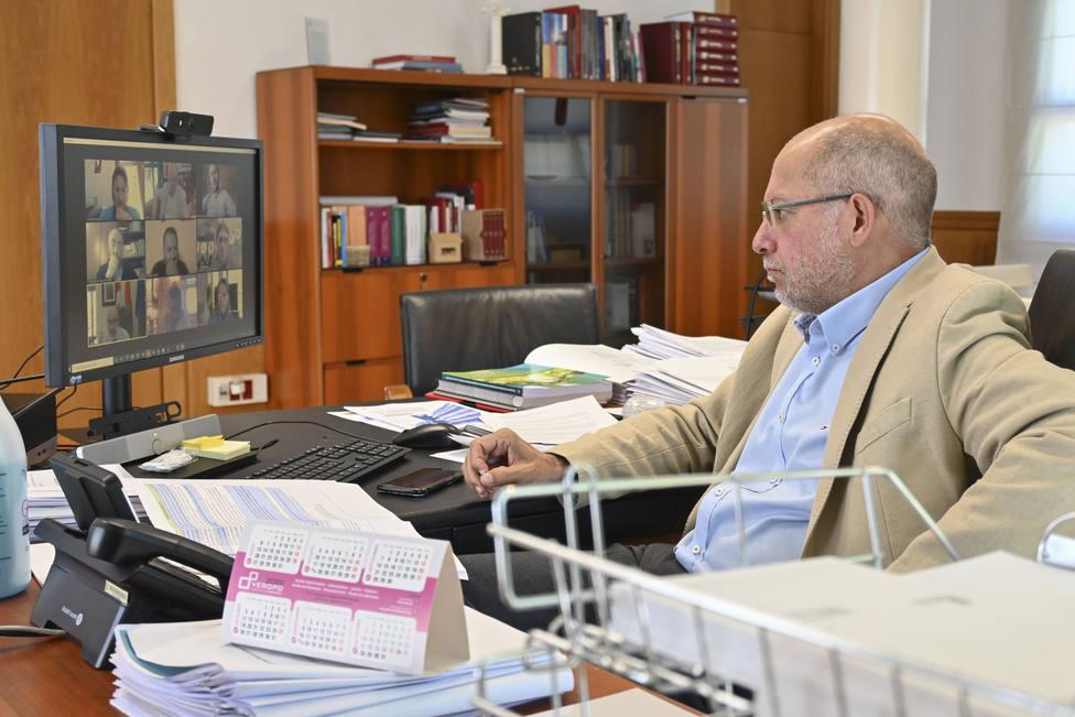Francisco Igea, durante su reunión con la Federación de Empresarios de Turismo Rural de Castilla y León