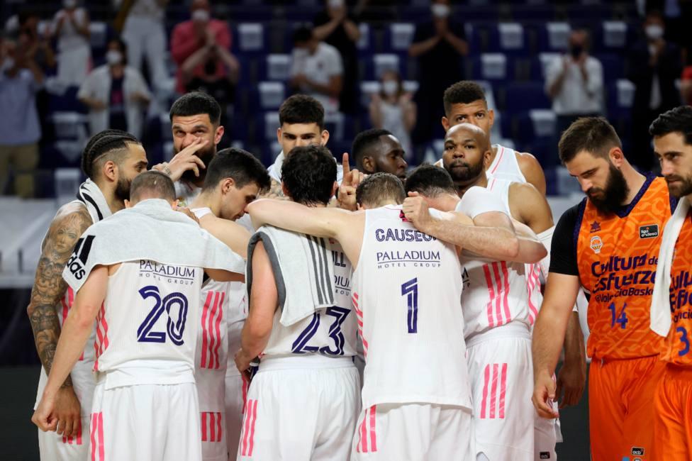 El Real Madrid celebra el pase a la final de la Liga Endesa (EFE)