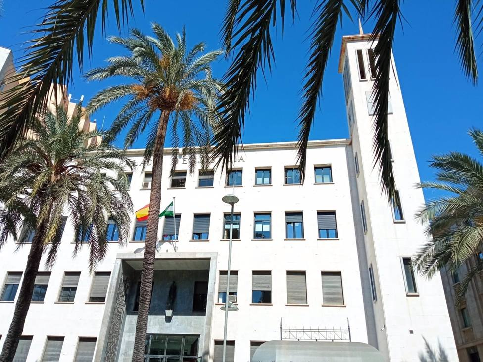 Juzgan este miércoles en Almería a un empresario acusado de malversar casi 20.000 euros en el caso Facturas