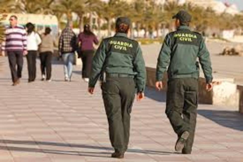 Dos detenidos por 5 robos en Lorca y Puerto Lumbreras con abrazo cariñoso