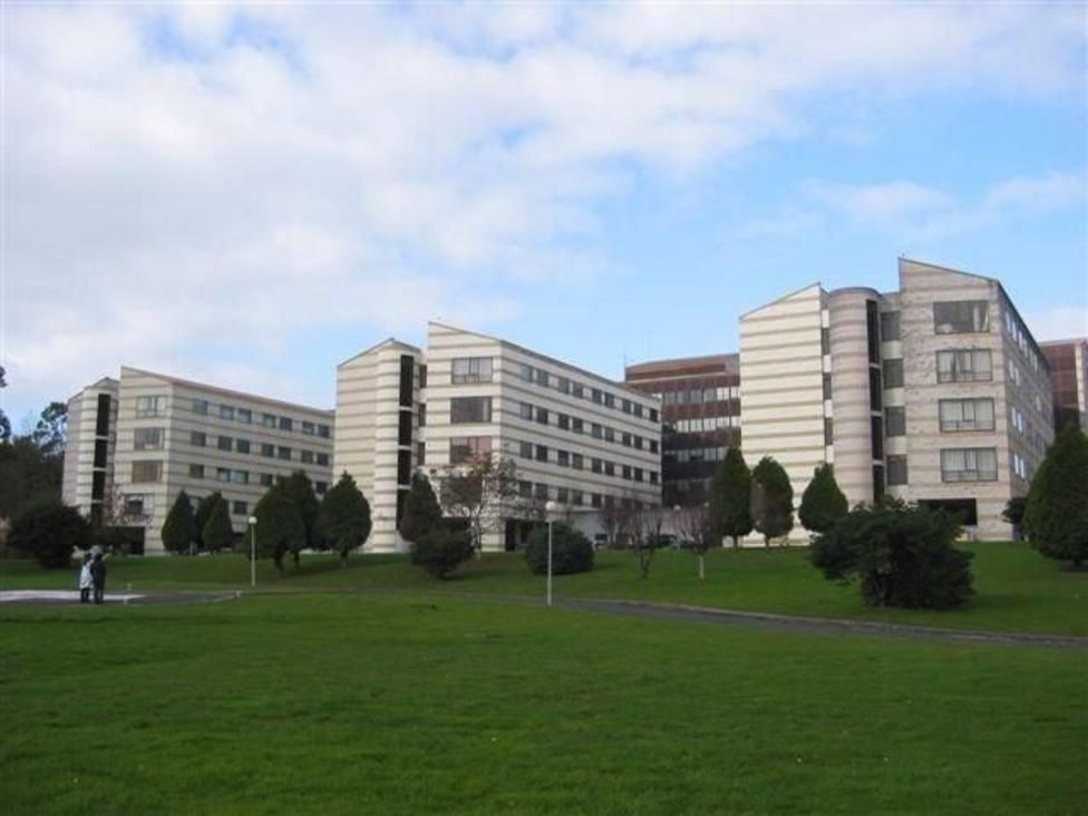 Imagen exterior del Hospital Naval de Ferrol