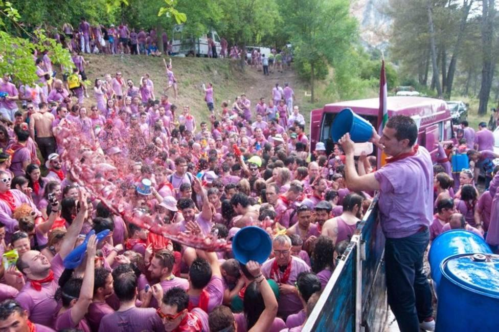 Haro, el pueblo riojano que cada año celebra la popular batalla del vino