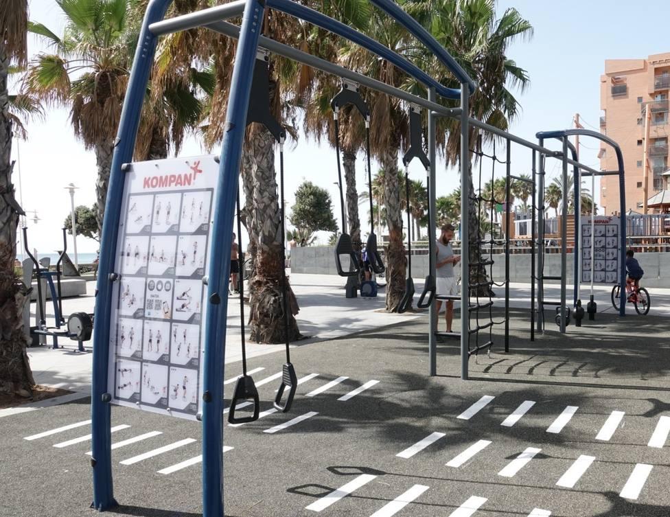 Huelin estrena en el paseo marítimo Antonio banderas un nuevo espacio de entrenamiento al aire libre