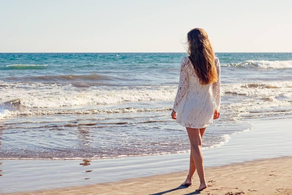 El 10% de los españoles comparte en redes fotos falsas de sus vacaciones