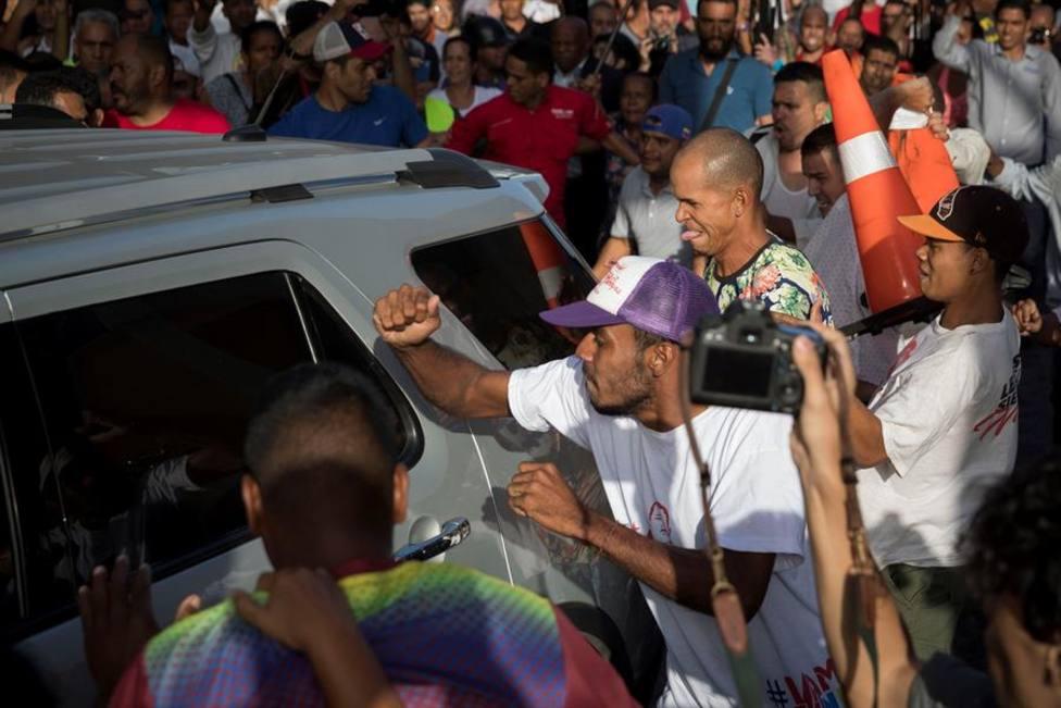 La violencia chavista entra en acción en la vuelta de Guaidó a Venezuela