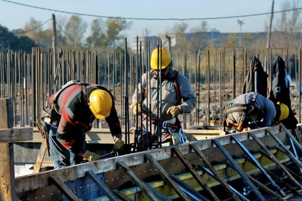 CC.OO. y UGT piden parar la construcción salvo en obras críticas y esenciales