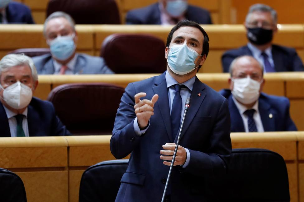 El ministro Alberto Garzón acusa al Rey de maniobrar contra el Gobierno y de incumplir la Constitución