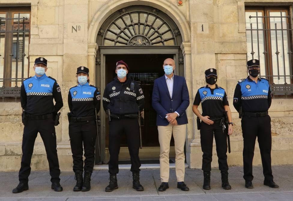 Uniformes policía