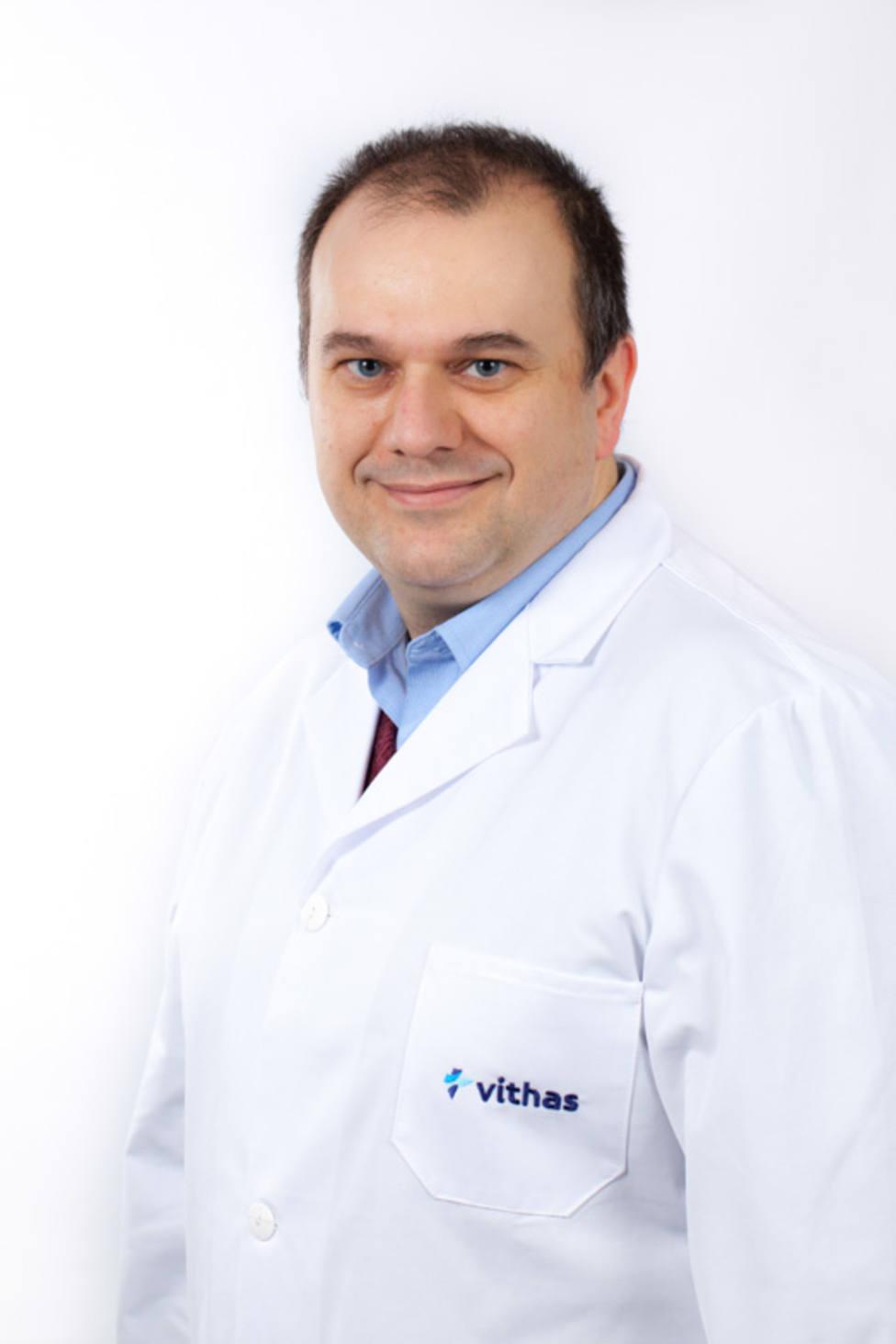 La compañía americana Expertscape reconoce al especialista de Vithas David Piñero
