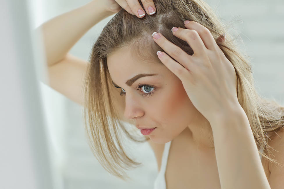 Estos son los malos hábitos que favorecen la caída de tu pelo