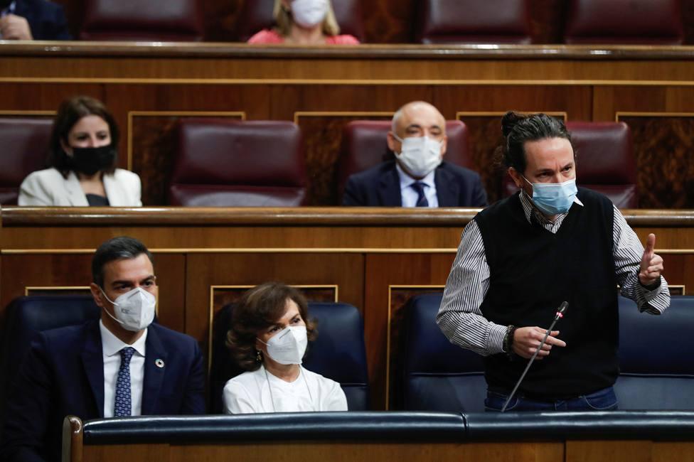 PSOE y Podemos, en contra de condenar el comunismo en el Congreso
