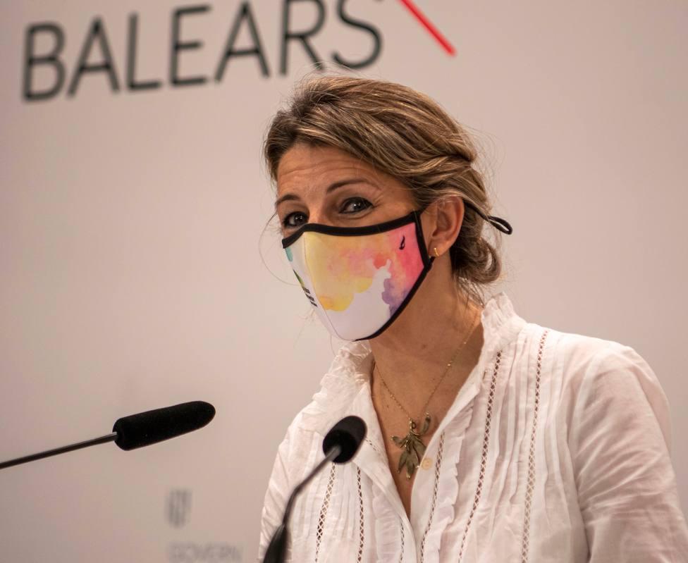 Yolanda Díaz se une a la oposición y pide la salida de Illa: Un ministro de Sanidad debe estar centrado