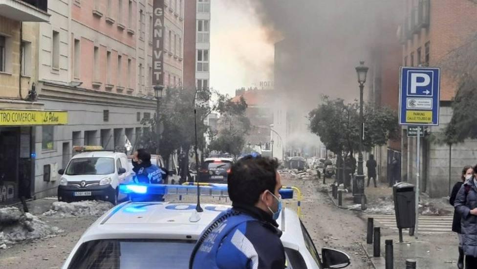 Uno de los sacerdotes residentes en el edificio explosionado permanece en estado grave en el Hospital 'La Paz'