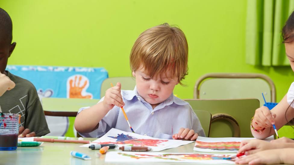 Las escuelas infantiles acogen a menores entre los cero y los tres años