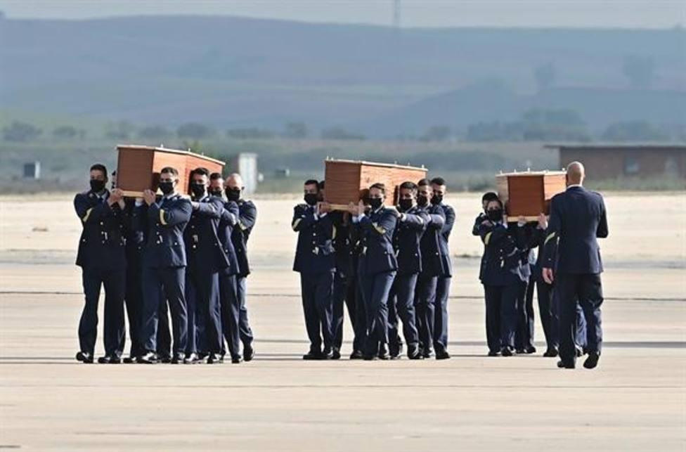 Llegan a Madrid los cuerpos de David Beriáin y Roberto Fraile, los periodistas asesinados en África