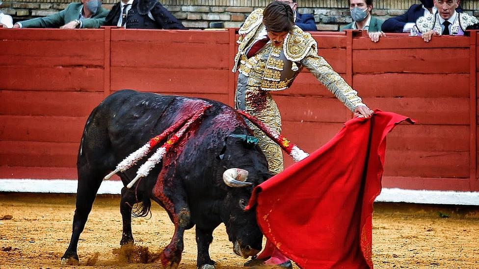 Natural de El Rafi durante su actuación este viernes en la novillada celebrada en Córdoba