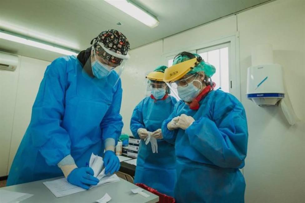Continúa bajando la presión hospitalaria en Cantabria aunque sube la incidencia acumulada a 7 días