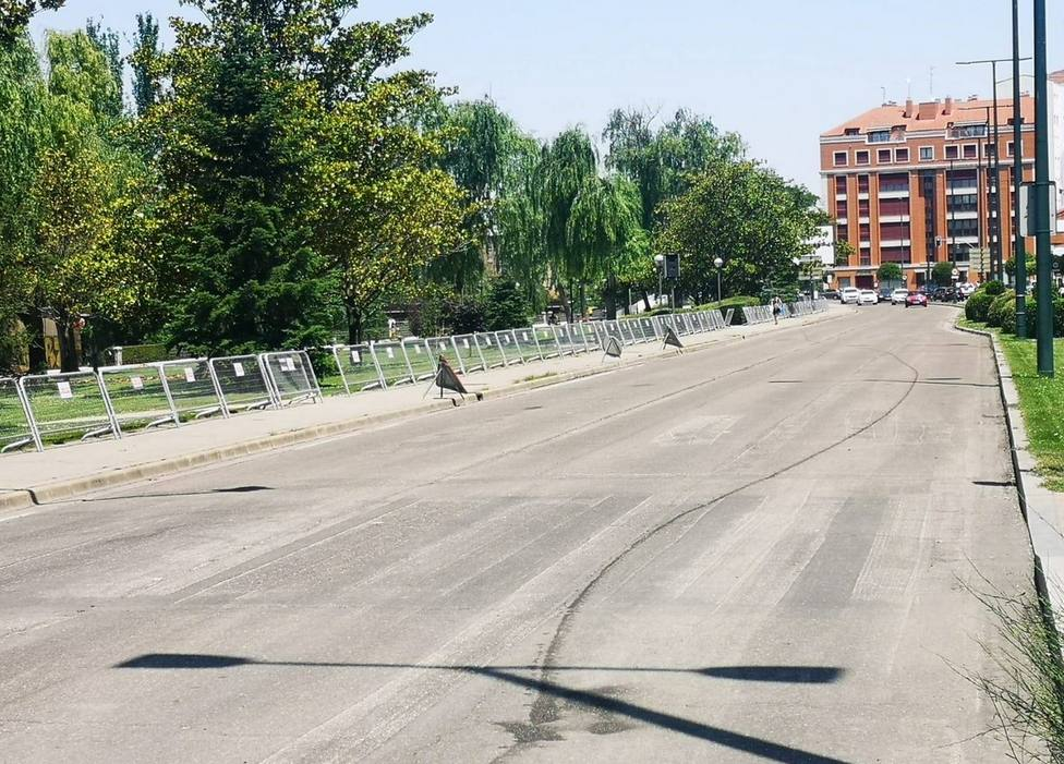 El Ayuntamiento vallará el entorno de Las Moreras para evitar concentraciones en la noche de San Juan