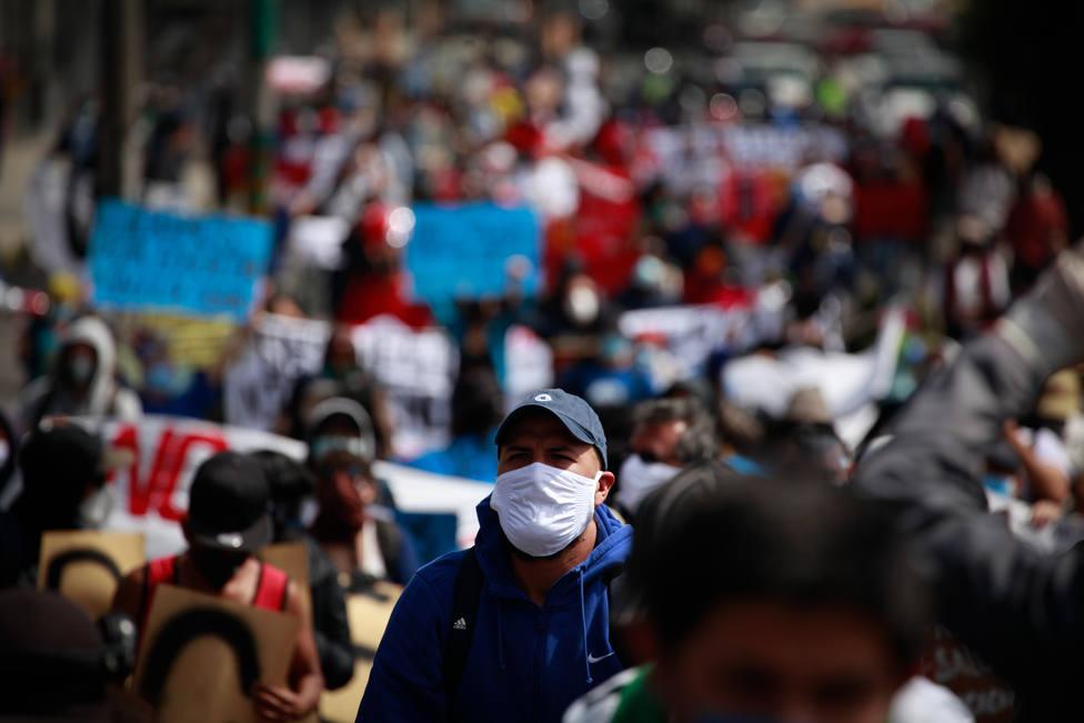 Ecuador afirma que la reforma arancelaria favorecerá a unas 6.000 empresas