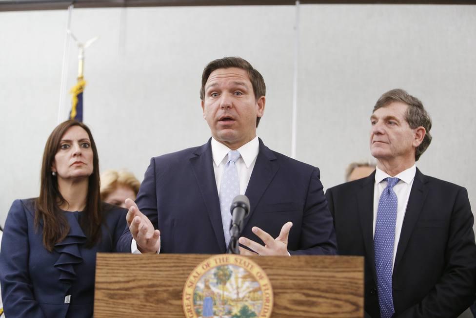 Varias condados de Florida rechazan la orden del estado que permite ir sin mascarilla en las escuelas