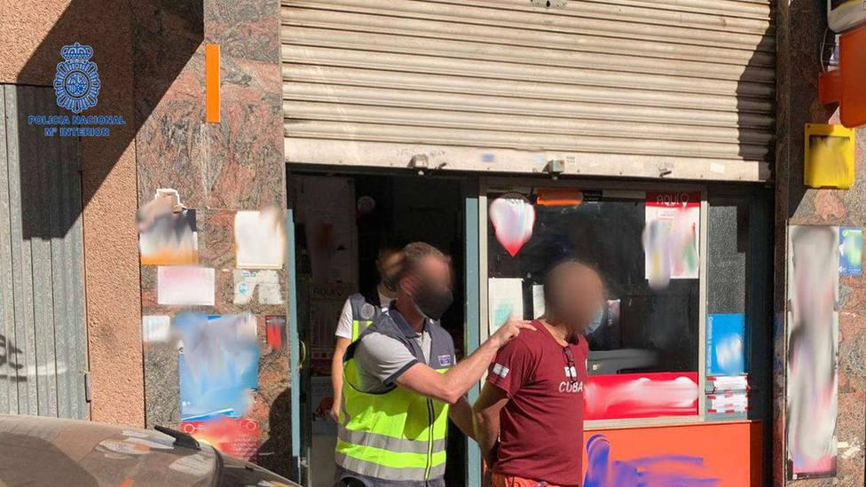 Detienen a 10 empleados de locutorios en Palma por colaborar con una organización criminal de blanqueo