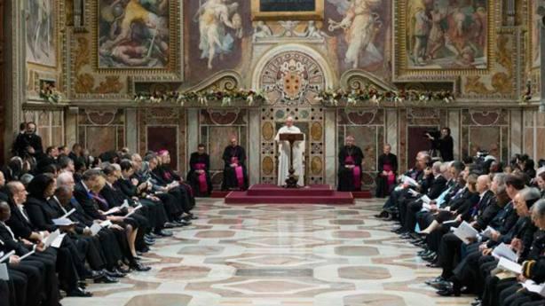 El Papa ha repasado la actualidad profunda ante 183 representantes internacionales