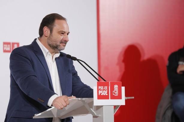 Ábalos critica la descomposición del PP por pactar con Vox y buscar el enfrentamiento en Cataluña