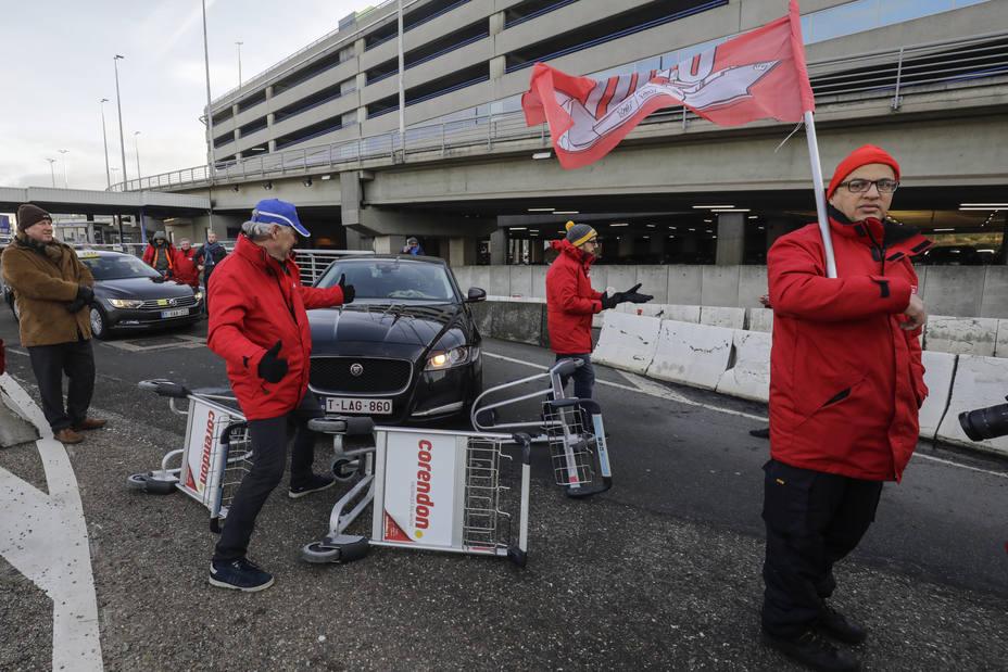 La huelga general en Bélgica bloquea el tráfico aéreo y altera el transporte público