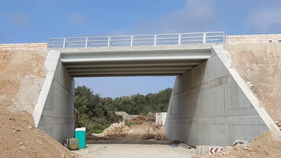 Artà recupera el puente que destrozó la torrentada del Llevant
