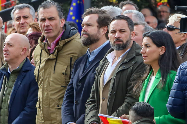 Santiago Abascal, Javier Ortega e Iván Espinosa encabezarán la lista de Vox al Congreso por Madrid