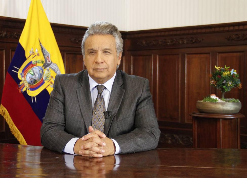 Jubilados ecuatorianos se manifiestan para exigir al Gobierno el pago de compensaciones