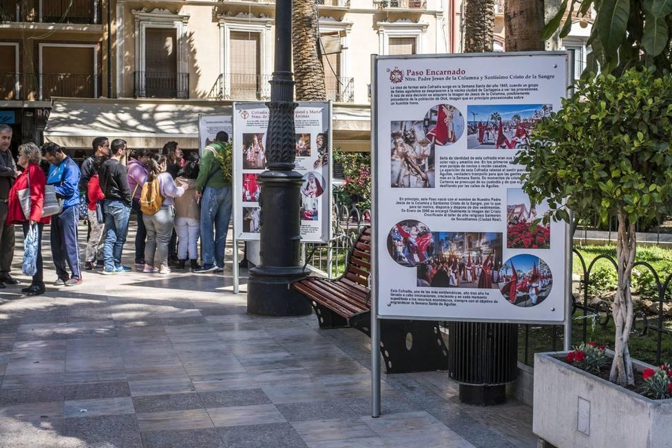 La Plaza de España vuelve a acoger la exposición temporal Semana Santa de Águilas