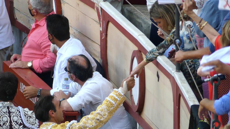 Desvelado el contenido de la llamada de Paloma Cuevas a Enrique Ponce tras su cogida