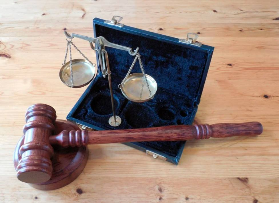 Piden 6 años cárcel para un administrador acusado de gastar la ayuda de los terremotos en su casa