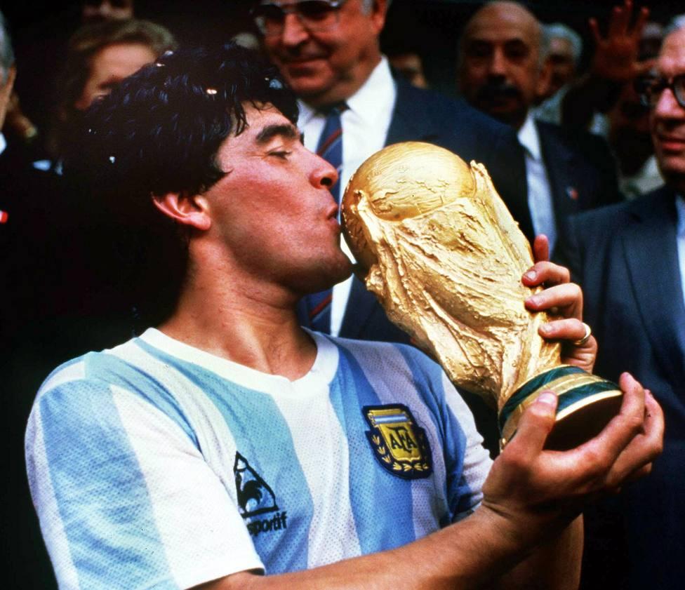 Fallece a los 60 años Diego Armando Maradona