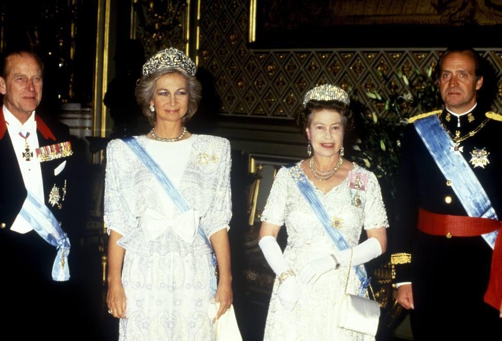 Los Reyes eméritos Juan Carlos y Sofía con la Reina Isabel II y el Duque de Edimburgo