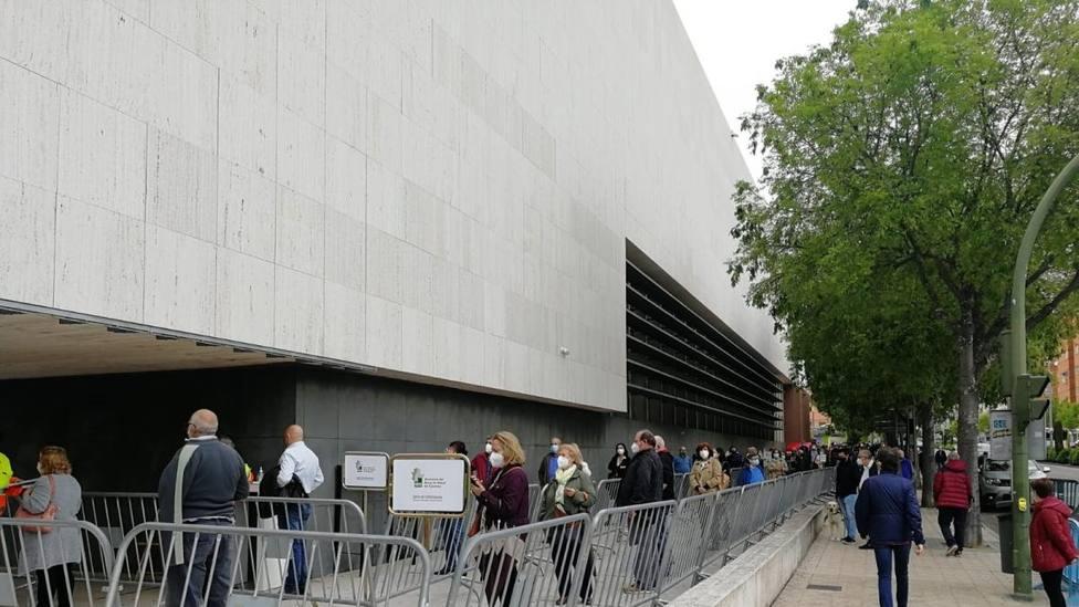 Vacunación masiva en el Palacio de Congresos de Cáceres. Foto:Europa Press (Archivo)