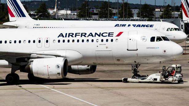 Air France-KLM se desploma en bolsa tras la dimisión forzada de su presidente