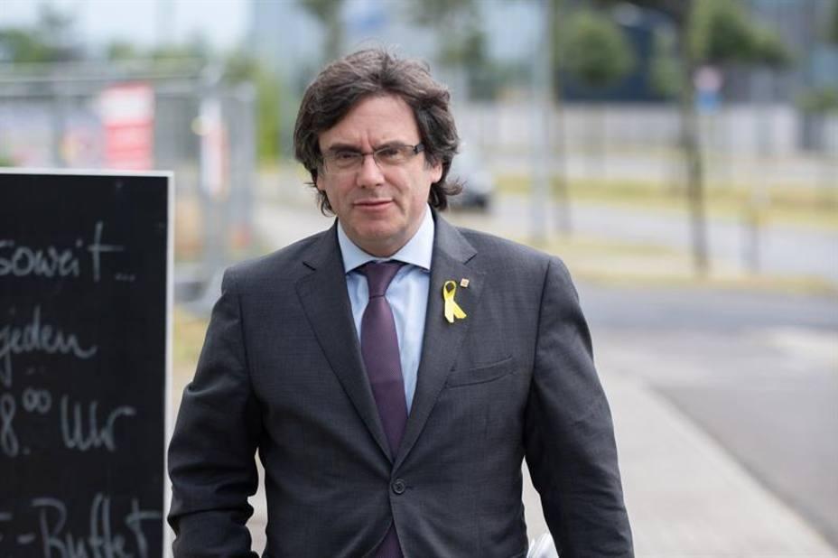 El tribunal alemán aplaza su decisión sobre la entrega de Puigdemont a España