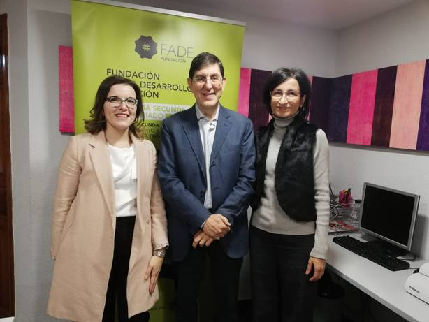 La Comunidad apoya los proyectos sociosanitarios de la Fundación Fade en hospitales de la Región