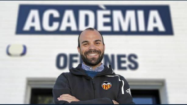 Luis Vicente Mateo, destituido como director de la Academia del Valencia