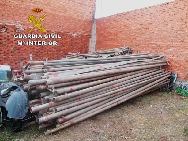 Detienen a 2 personas e incautan 6,7 toneladas de tuberías robadas en explotaciones agrarias de Ciudad Real